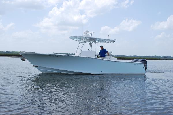 Southport 28 Center Console