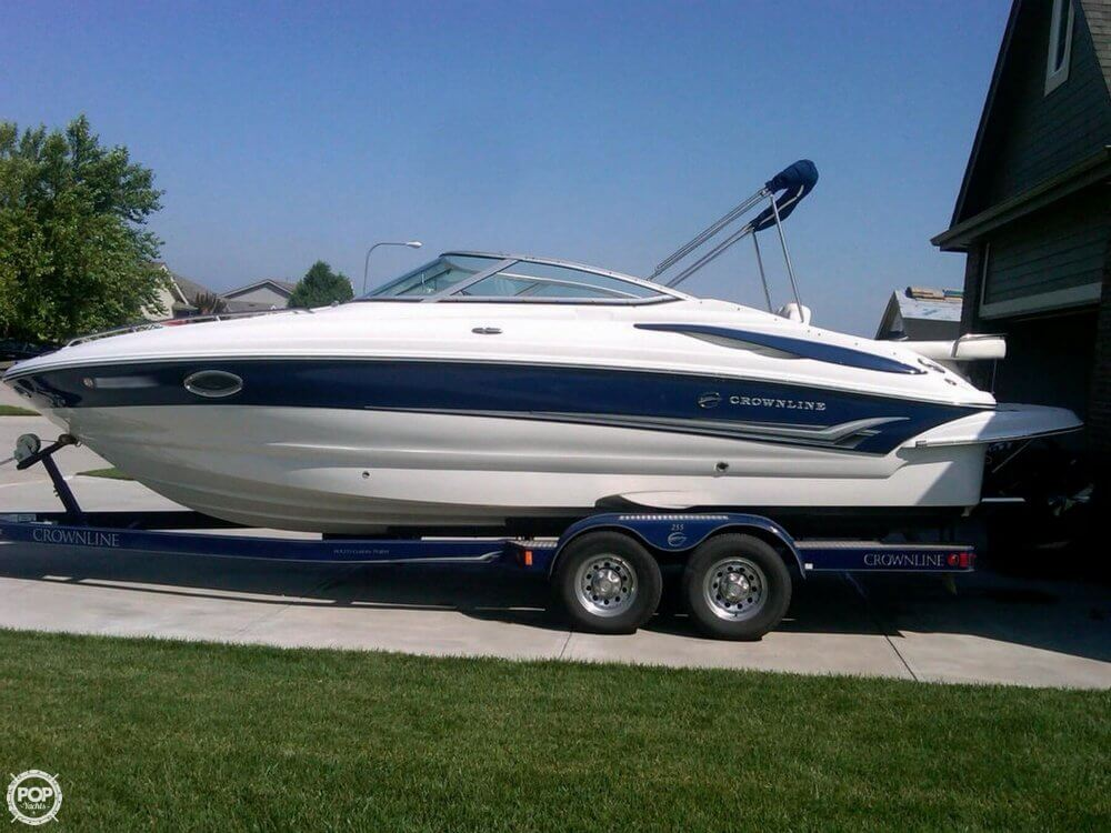 Crown Marine 255 CCR 2006 Crownline 255 CCR for sale in Omaha, NE