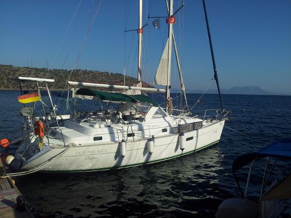 Beneteau Oceanis 36 CC Main photo