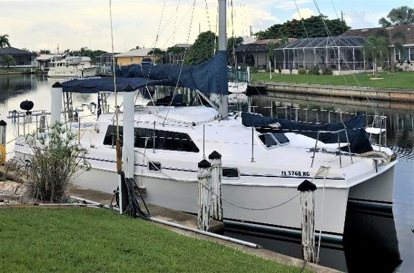 Endeavour Catamaran 36