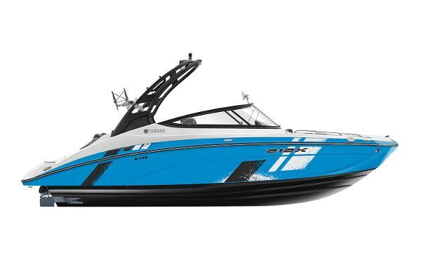 Yamaha Boats 212XE Manufacturer Provided Image