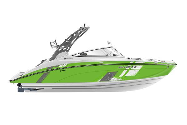 Yamaha Boats 212XD Manufacturer Provided Image
