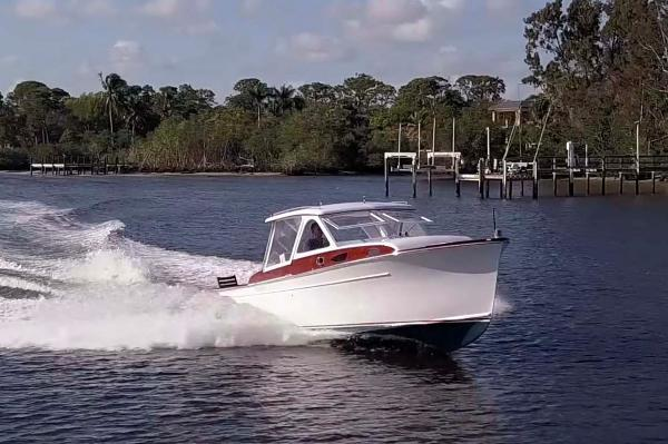Rybovich 28 Starboard Bow Running