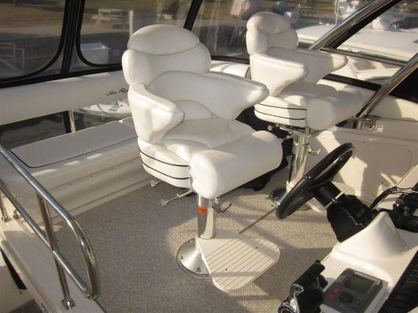 Helm Seats & Optional Aft Bench Seat