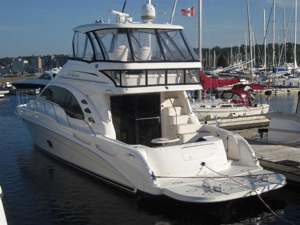 Sea Ray 58 Sedan Port Aft