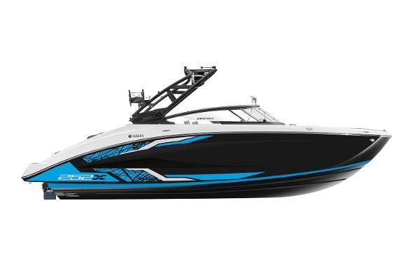 Yamaha Boats 252XE Manufacturer Provided Image