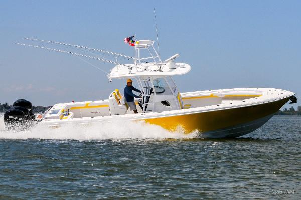 Bluewater Sportfishing 355e