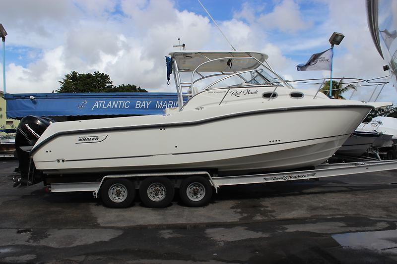 Boston Whaler 305 Conquest IMG_1032.JPG