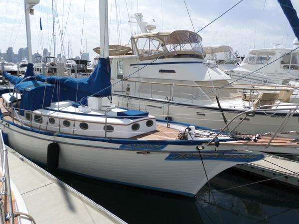 Brewer Ketch 45 Docked