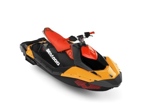 Yamaha WaveRunner Spark® Trixx™ 3-up Rotax® 900 H.O. ACE™ IBR