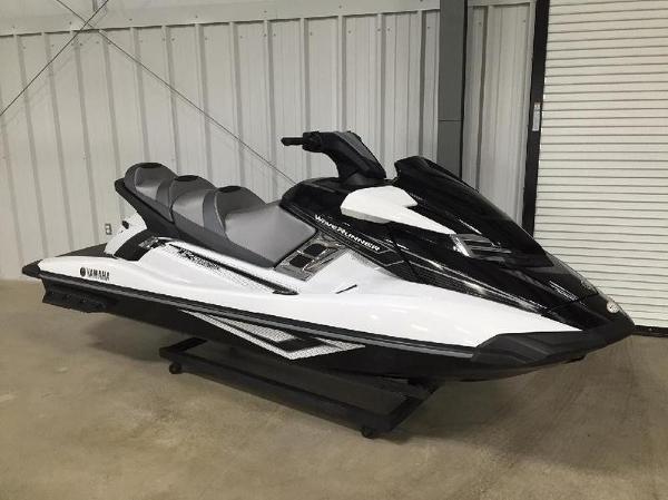 Yamaha FX Cruiser HO White