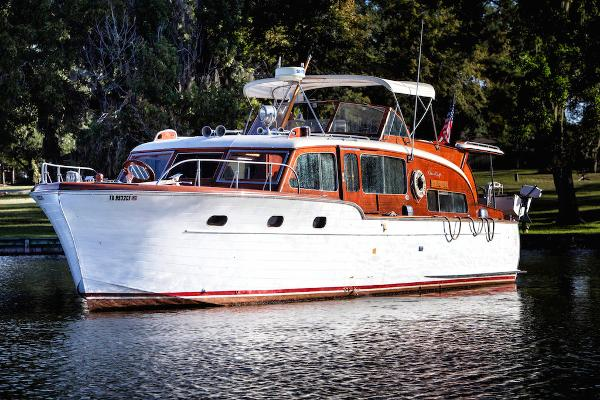 1953 Chris-Craft Flybridge Motor Yacht, Lake Conroe Texas