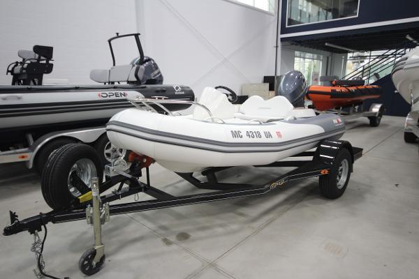 Avon SeaSport 340 Deluxe NEO