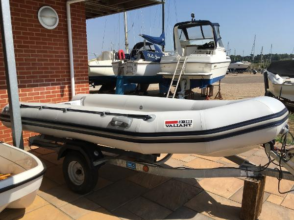 Valiant 380D with 15hp Honda Outboard