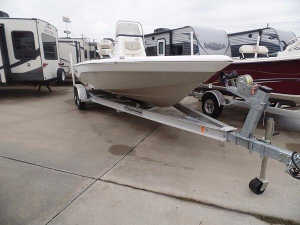 Nautic Star 227 XTS