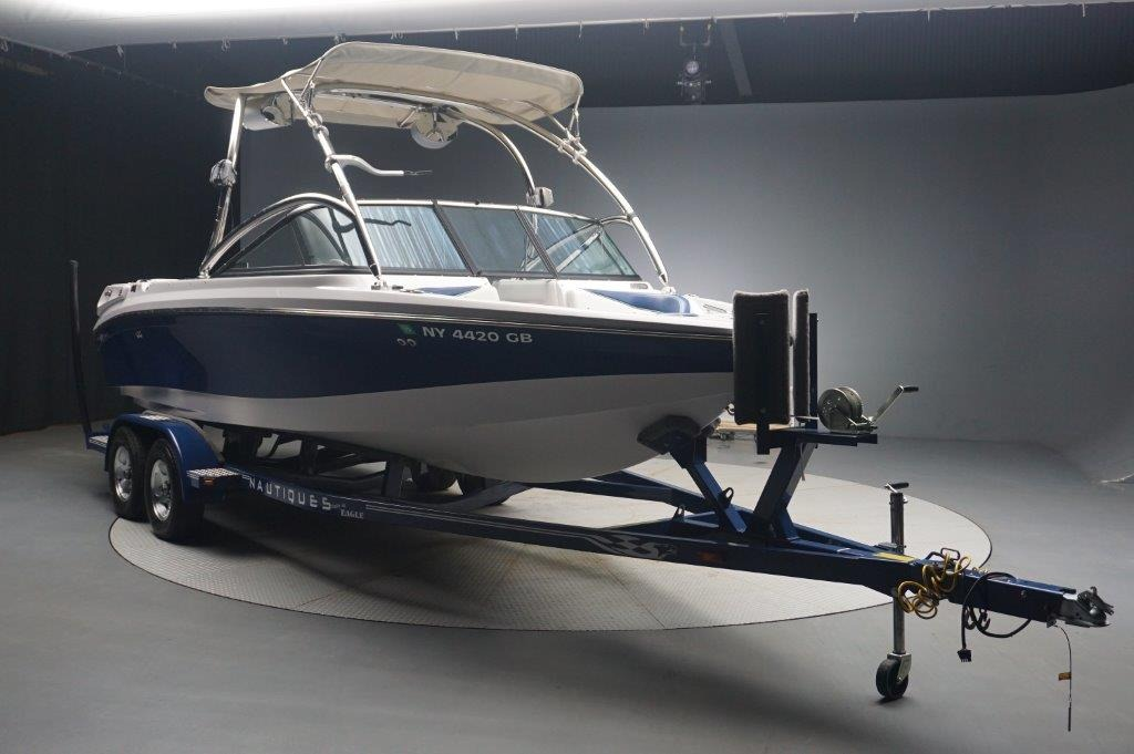 Correct Craft Super Air Nautique 210 TE