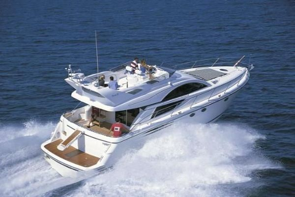 Fairline Phantom 50 Fairline Phantom brochure shot