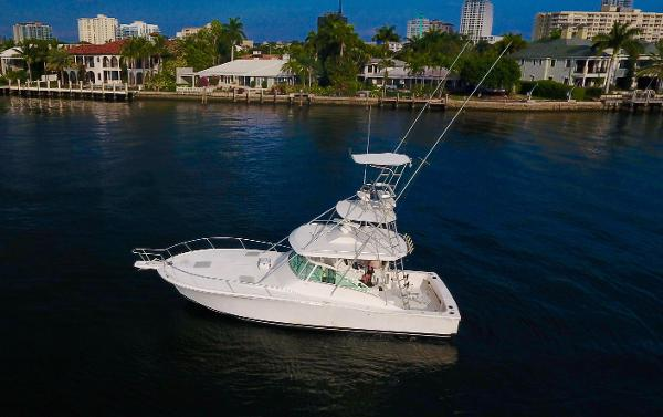 Luhrs 40 Open Profile