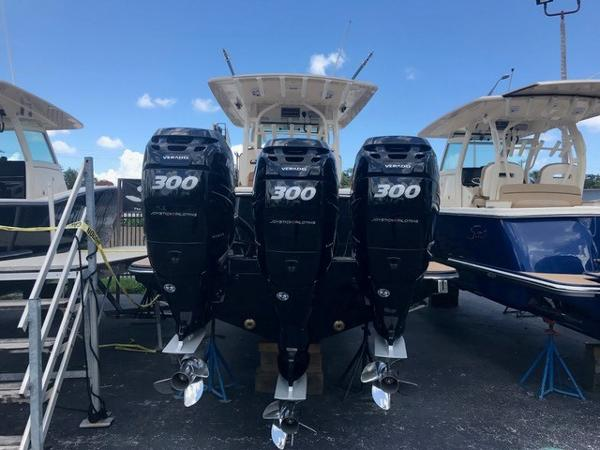 Scout Boats 350 LXF