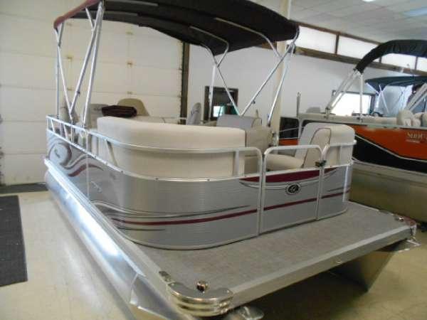 Apex Marine 7516 XRE Cruise