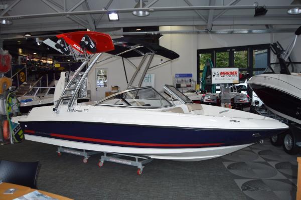 Bayliner 175 Bowrider 2017 Bayliner 175 Wakeboard