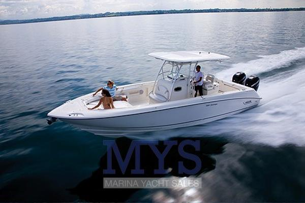 Boston Whaler OUTRAGE 320 50th Anniversary BOSTON WHALER 320 OUTRAGE (4)