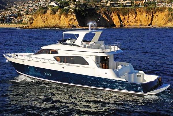 McKinna Cockpit Motor Yacht