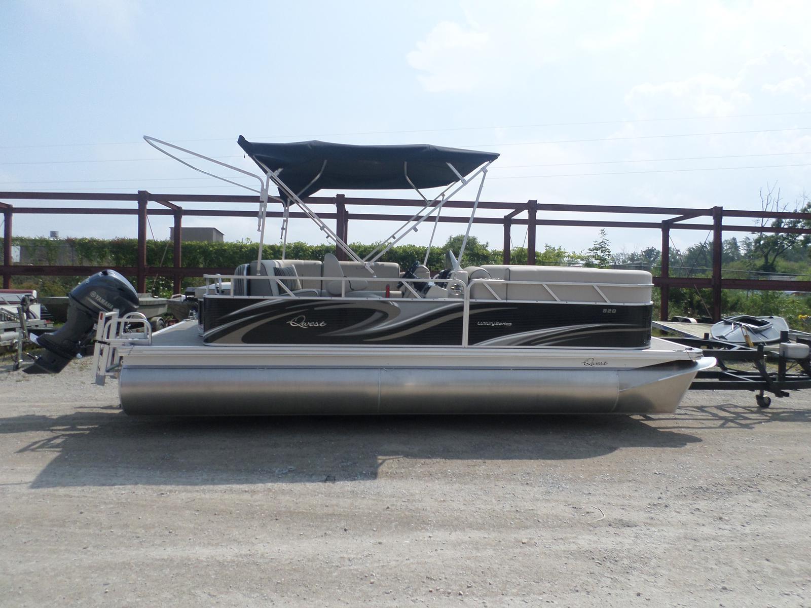Apex Qwest 820 LS Lanai Cruise