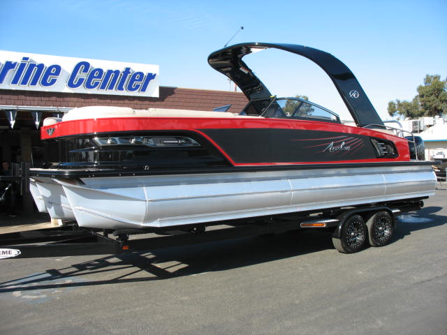 Avalon Excalibur Elite Windshield 27-Mercury 400hp R