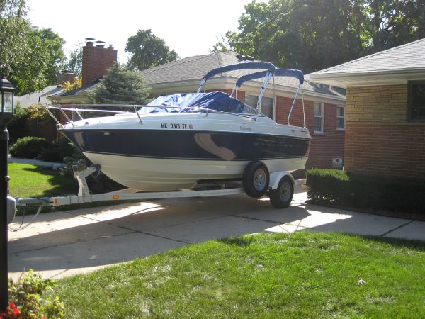 Bayliner Discovery 192 Boat On Trailer