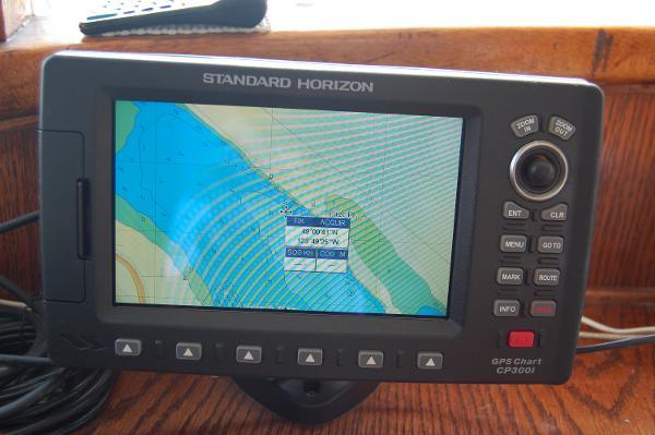 Standard Horizon Chartplotter