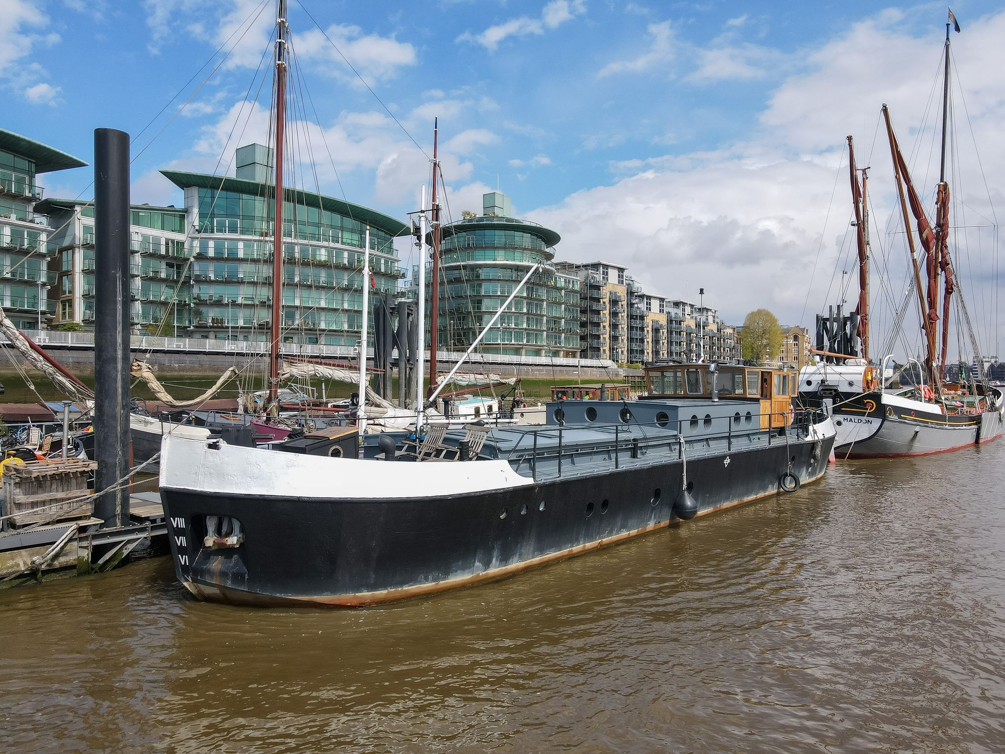 Medway Coaster 28m with London mooring