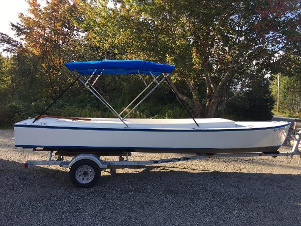 Custom William Atkin Crash Boat 22
