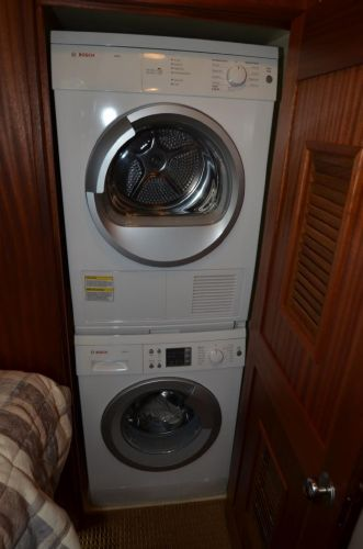Washer/Dryer in Guest Cabin