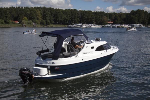 Aqua Royal 720 Classic