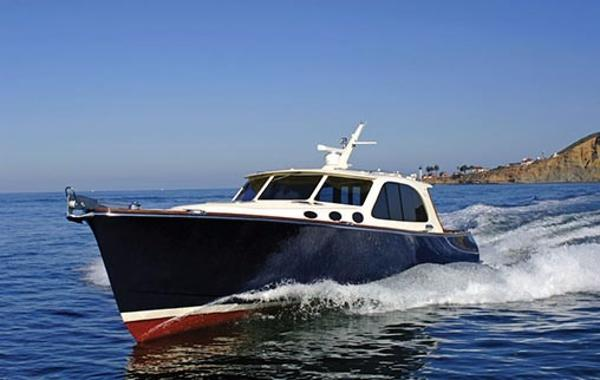 Palm Beach Motor Yachts PB50