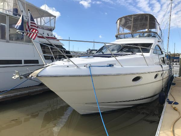 Fairline Phantom 46 Port Bow