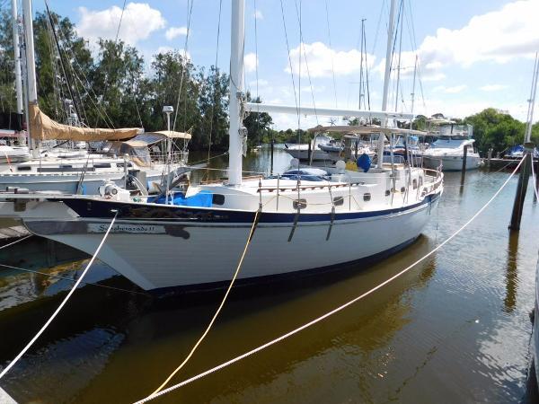 Marine Trader Island Trader 41 Profile