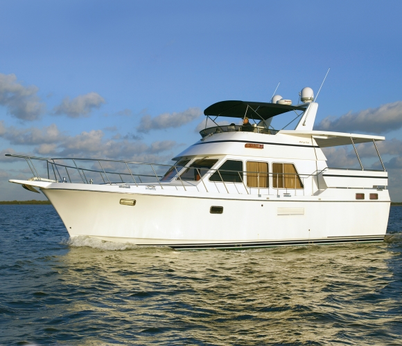 Heritage East 42' Sundeck Photo 1