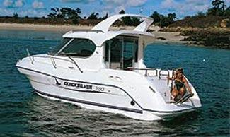 Quicksilver 750 Weekend Manufacturer Provided Image: 750 Weekend