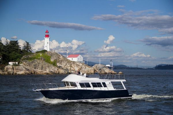 Coastal Craft 45 IPS Flybridge