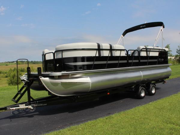 Bentley Pontoons 240 Cruise SE - 115hp - 20 pics