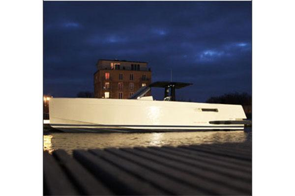 Fjord 40 Open Manufacturer Provided Image: 40' Open