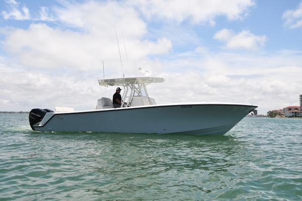 SeaVee 322z Profile