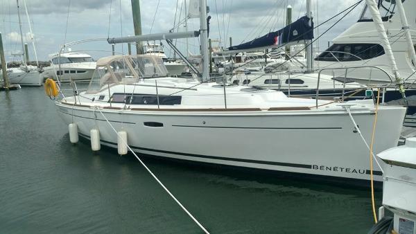 Beneteau Oceanis 34 Dockside I