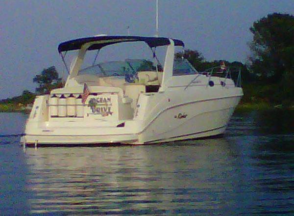 Rinker Cruisers 340 Fiesta Vee