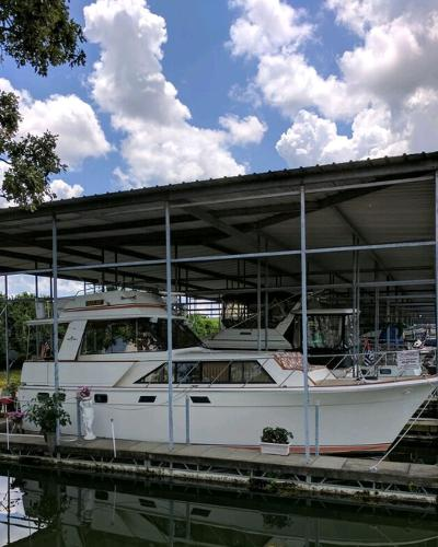 Egg Harbor Motoryacht