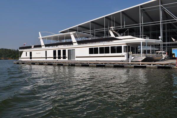 Fantasy 112' x 21' House Boat