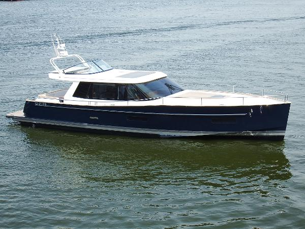 Contest 52 MC Seakeeper Gyro Stabilizer