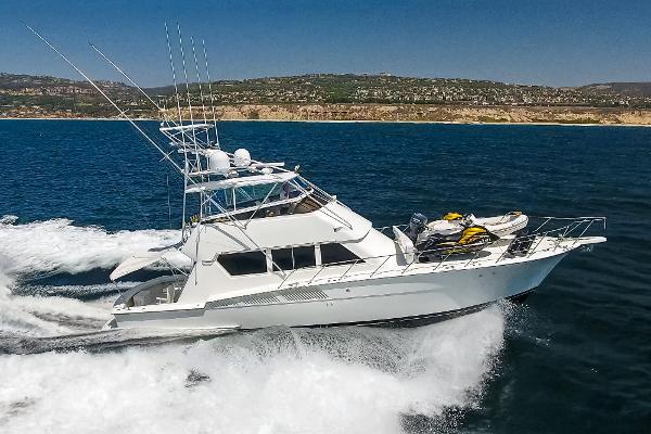 Hatteras Convertible Starboard